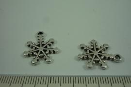[ 1289 ] Sneeuwvlok 20 x 17 mm. Zilverkleur, per stuk