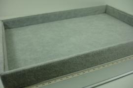 *[ 9305 ] 1 vak Open bak 35 x 24 x 3 cm.  Grijs Fluweel