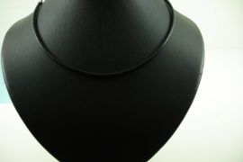[ 8478 ] 3 mm. Lederen Ketting 45 cm. met RVS afwerking