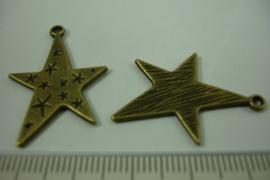 [ 1236 ] Ster  30 x 21.5 mm. Brons, per stuk
