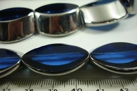[ 6503 ] Glaskraal 30 x 27 mm. Blauw met Zilverrand, 11 stuks