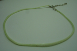 [ 1413 ] Ketting 38 cm. Satijn koord 2 mm. Baby Groen
