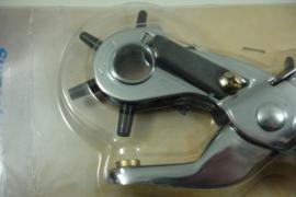 *[ 8680 ] Gaatjes tang metaal,  2.5 t/m 5 mm.