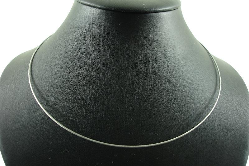 [ 1116 ] Spang Zilver/Grijs 43 cm. met magneet sluiting, per stuk