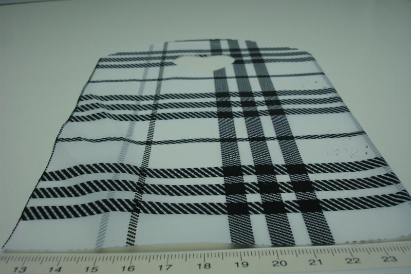 +[ 8223 ] Tasje 21 x 13 cm. Zwart/Wit ruitje, 50 stuks