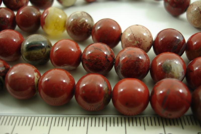 +[ 8564 ] Rode Jaspis  10 mm.  per streng  38 cm.