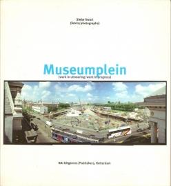 "Swart, Siebe: ""Museumplein""."