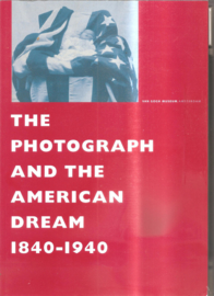 Clinton, W. J.: The photograph and the American dream