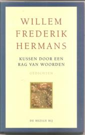 Hermans, W.F.: Kussen door een rag van woorden
