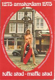 Amsterdam - Lieverdje met vlag en fraaie auto
