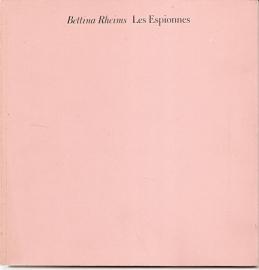 """Rheims, Bettina: Les Espionnes""""."""