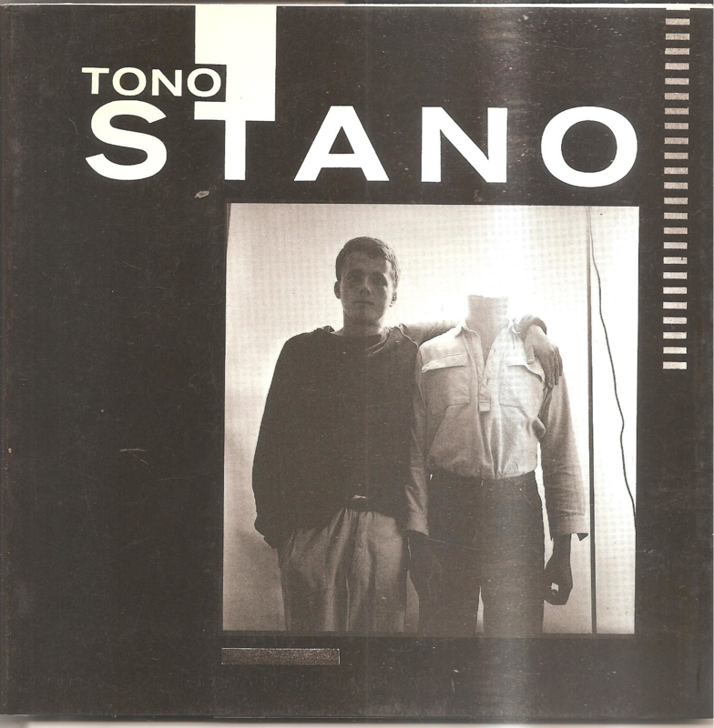 Stano, Tono