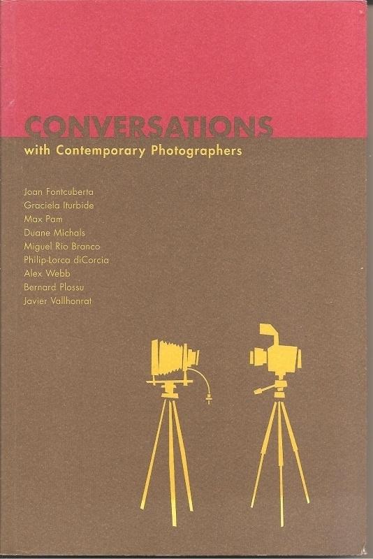 "Fontcuberta, Joan e.a.: ""Conversations with Contemporary Photographers""."