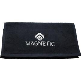 Magentic Towel Zwart Met Logo. 175018 30x50 cm