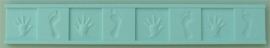 AM0111 Hands and Feet Border