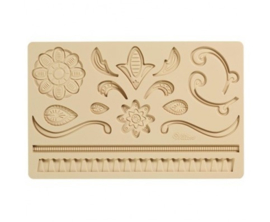 Wilton 409-2562 Baroque Fondant & Gum Paste Mold