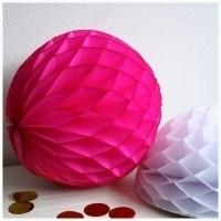 Honeycomb ball fuchsia