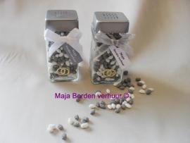 Peper en zoutstel met trouwringen