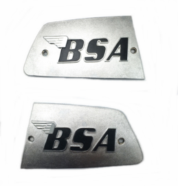 BSA A75 Rocket III pair of metal tank badges (LH + RH) (82-8611 / 82-8610)