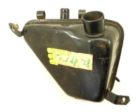 Triumph TR25W oil tank (82-9743 / 82-8950)