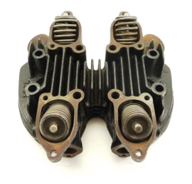 Triumph 6T Thunderbird cast iron cylinder head (70-2896/70-3873/castingno: 2258)