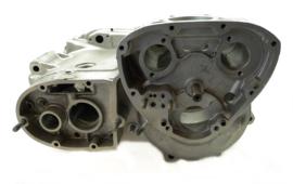 Triumph T100C Crankcase assy, Partno. 71-1268 + 71-1269