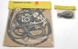 Triumph T140-TR7 Gasket set c/w oil seals & tab washers, Partno. 99-7002
