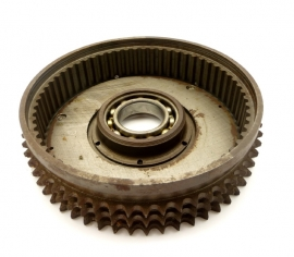 Norton Commando clutch sprocket with backplate (060742 - 062482)