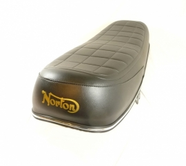 Norton Commando 850 dual seat (06-5612)