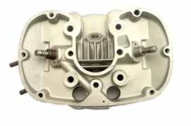 A.J.S. - Matchless 350 cc singles cylinder head complete (022711)
