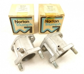 Norton Commando 750 Combat + 850 carburettor spacer inlet manifold 32mm pair (06-2711)
