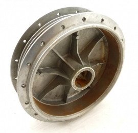 Benelli 350RS 500LS rear hub bare (61 63 31 00)