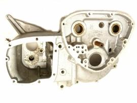 Triumph T140 V + TR7RV crankcase T.S. (71-3678)