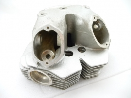 Norton Commando 750 Combat cylinder head (06-4097)