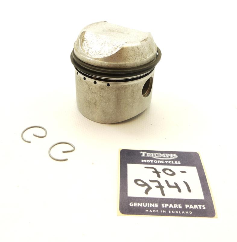BSA A75 / Triumph T150-T160 Standard piston, Partno. 70-9741 (19916)