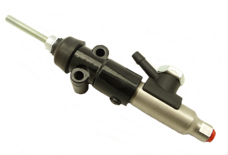 Triumph 750 REAR Brake MASTER CYLINDER by GIRLING as Lockheed T140 T160 60-4401