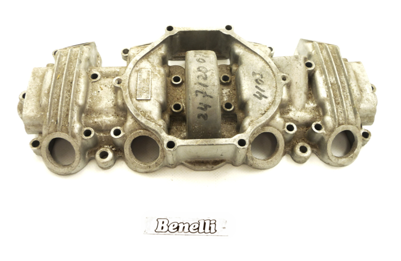 Benelli 350RS Valve cover (2471200799 / 61023500)