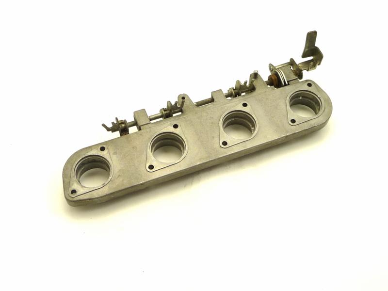 Benelli 350 - 500 - 654 Carburettor manifold cplt (supporto carburatori) 61936800