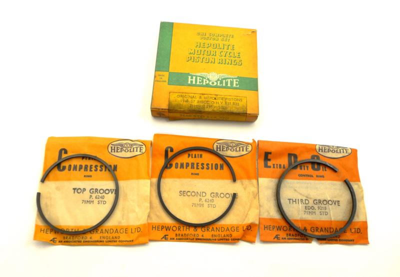 BSA B31-B32 Piston ring set (3660 Hepolite)