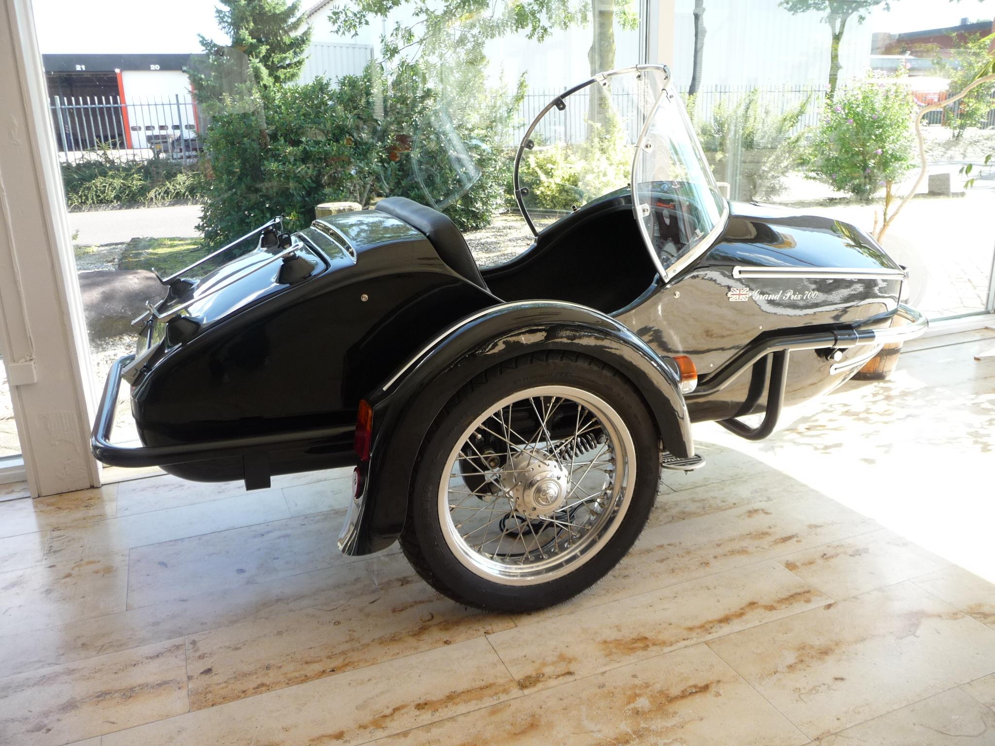 Watsonian sidecar GP Jubilee 700