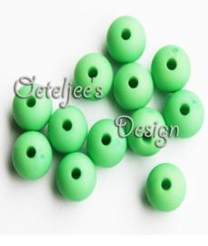 Acryl kralen Mat licht groen 8 mm rond