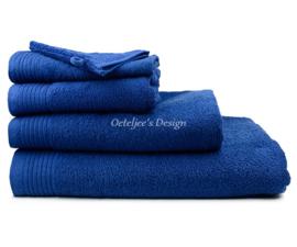 Geborduurde handdoek met eigen naam of tekst navy
