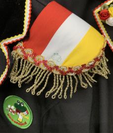 Epauletten  rood wit geel met gouden franjeband en paillettenband