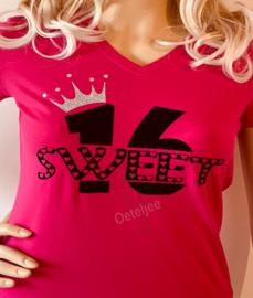 Sweet 16 shirt roze met opdruk sweet 16 en glitter kroontje