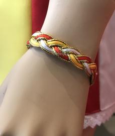 Armband Oeteldonk rood wit geel goud gevlochten