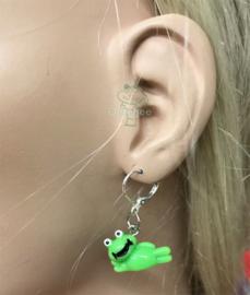 Oeteldonk oorbellen met liggende kikkertjes