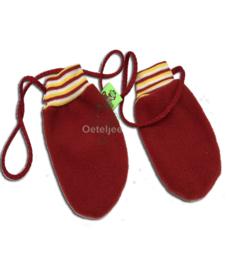 Oeteldonkse rode baby / peuter wantjes met rood wit gele tricot
