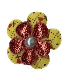 Corsage bloem Oeteldonkse kleuren rood wit geel tulpjes en bling bling