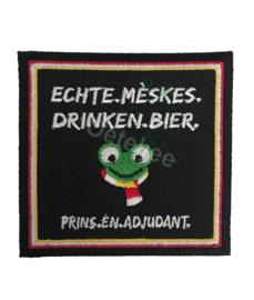 """Oeteldonk embleem """"Echte Mèskes drinken bier"""""""