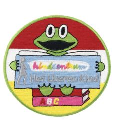 Borduren emblemen voor kindcentrum Het IJzeren kind